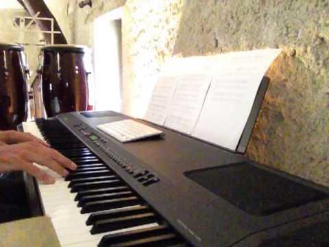 Dos Gardenias, piano accompaniment of Ruben Gonzalez, Buena Vista Social Club