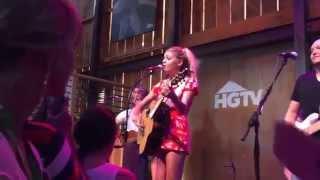 Xo Kelsea Ballerini - HGTV Lodge - Nashville, TN 6 11 15.mp3