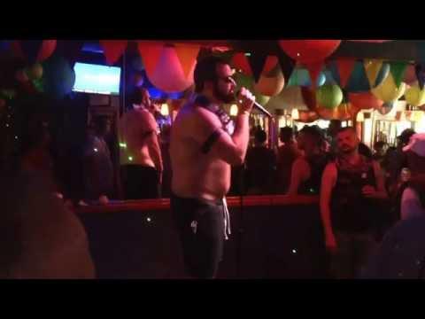 Timmy Cream Karaoke cover Bobby Loves Chicago