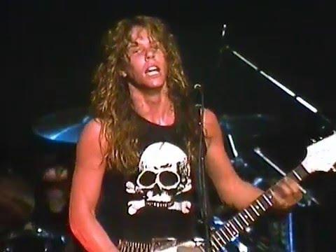 Metallica: Whiplash (Live at The Metro - 1983)