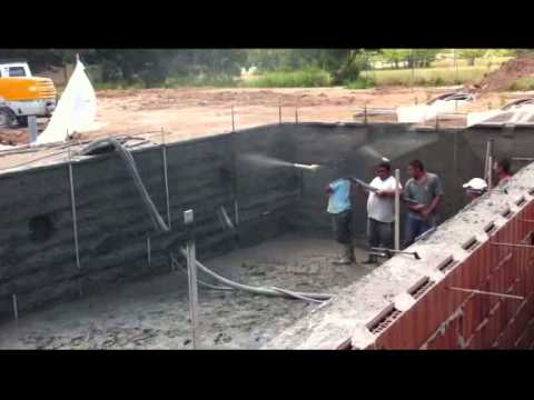 Construcci n piscina cirino youtube for Como se aspira una piscina
