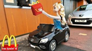 맥도날드 드라이브스루 가서 해피밀 먹기 ! 햄버거 가게 놀이 인형놀이 장난감 인형놀이 드라마 공주 자동차 상황극 | 보라미 TV