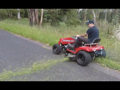 MOWZUKI - Performance Mowing