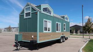 Amazing Tiny House - Mind Blowing Design - 3 Separate Bedrooms - Off Grid - Family With Kids Living