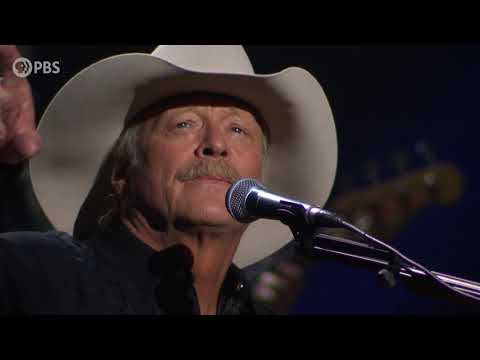 """Alan Jackson Delivers Moving Performance Of """"Where Were You"""" For The National Memorial Day Concert"""
