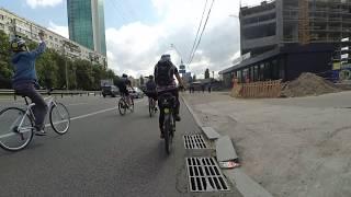 2017-05-20 Велодень 2017 Київ велосипед перевернувся, невдале селфі Kyiv Bike Selfie Fail
