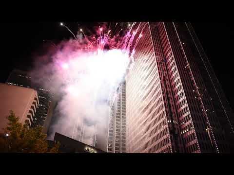 San Francisco Embarcadero Center Building Lighting Ceremony Fireworks 2017