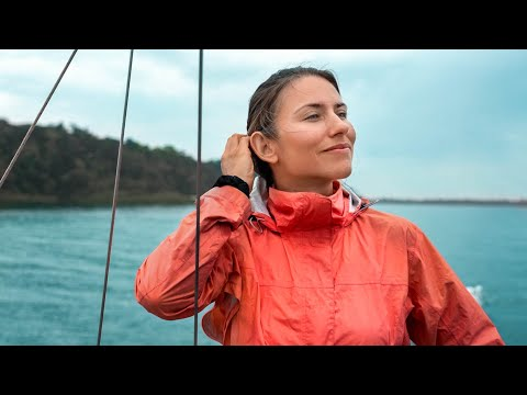 Escaping Lockdown on a Sailboat | S04E26