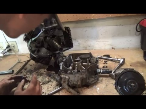 Kawasaki 4 Stroke Engine Breakdown - Piston Ring Removal Part 1