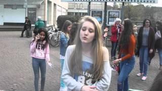 Anne von The Voice Kids rappt