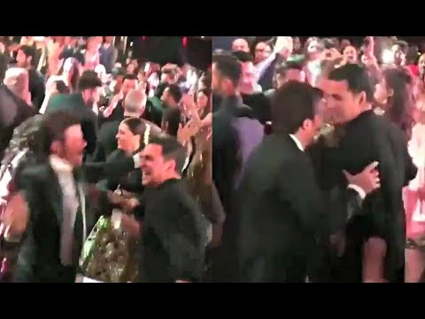 Akshay Kumar Dance At Sonam Kapoor Wedding Reception