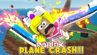 BABY LEAH JUMPS FROM PLANE CRASH W/ LITTLE DONNY!!! - Baby Leah Roblox Adventures!