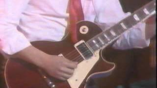 1983年頃のビデオです。なつかしのケンジーターの貴重な演奏シーンが見...