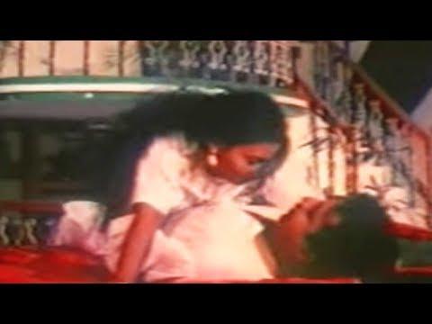 കാർകൂന്തൽ .. | Malayalam Romantic Song | Layam - YouTube