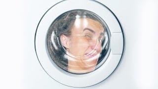 I'M STUCK IN A WASHING MACHINE! (GMOD PROP HUNT)