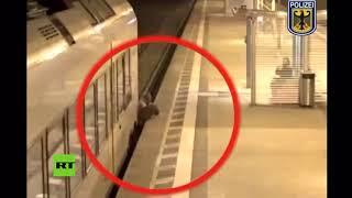 Sobrevive de milagro tras casi ser aplastado por un tren en una estación