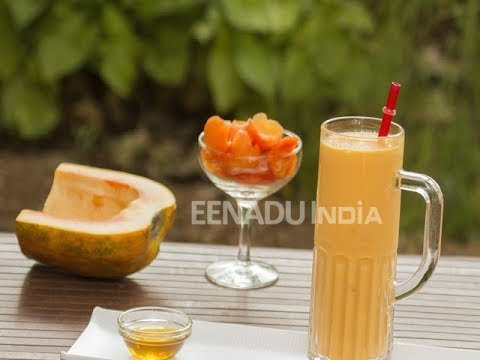 Papaya and Yogurt Smoothie/ healthy recipes