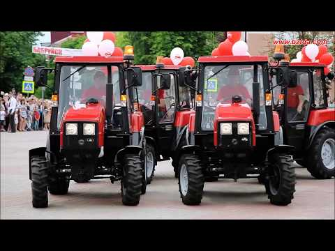 Dancing kings on tractors from Bobruisk