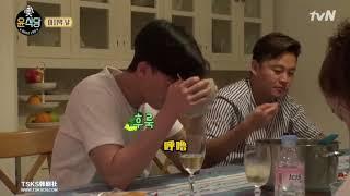 年輕人的確比較難吃得飽 不能接受普通的方便麵的敘俊@尹食堂2 E11 thumbnail