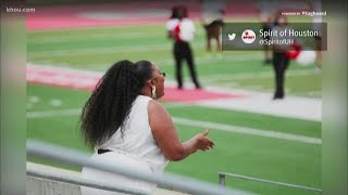 Lizzo stopped by the University of Houston to visit the band. Lizzo is a former Cougar who played the piccolo.
