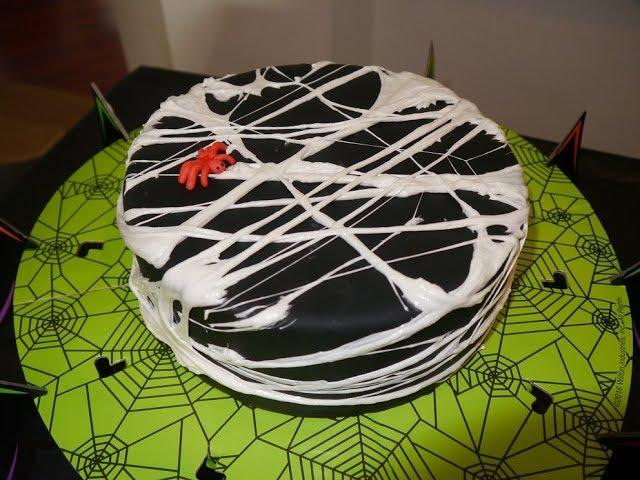 Hämähäkinseittikakku | Spiderweb cake
