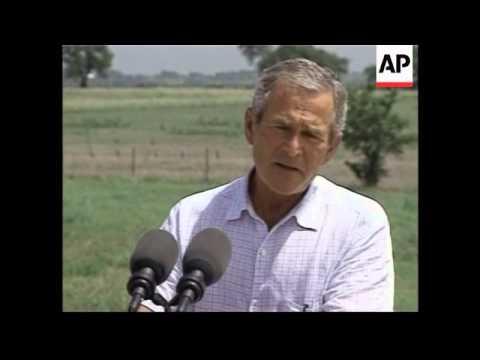 Bush, Rumsfeld, Rice at ranch, mum's vigil