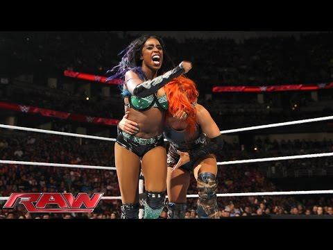 Becky Lynch vs. Naomi: Raw, February 15, 2016