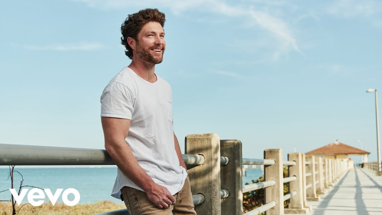 Chris Lane - Fill Them Boots (Official Music Video)