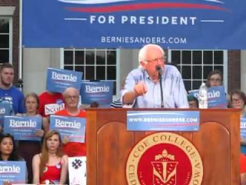 Bernie Sanders Speaks at Coe College  in Cedar Rapids Iowa Part 3