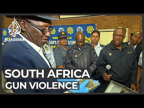 South Africa: Gangs refuse to hand in firearms despite amnesty