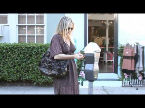 Latest Celebrity Gossip | Splash News TV | Splash News TV