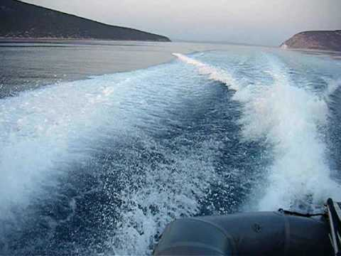 Axinos running in Greek waters - Chris Craft