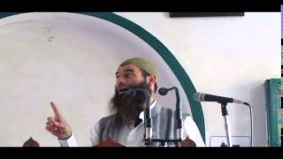 Repeat youtube video Khutbah Nikah - Moulana Mushtaq Ahmad Veeri