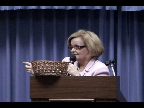 Sen. McCaskill Explains Recovery Legislation in Kirksville, MO