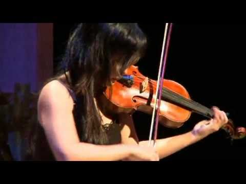 Canada Council laureate Judy Kang plays  Bach Andante with 1869 Vuillaume violin and bow