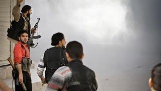 عشرات القتلى والجرحى في قصف عنيف على أحياء إدلب