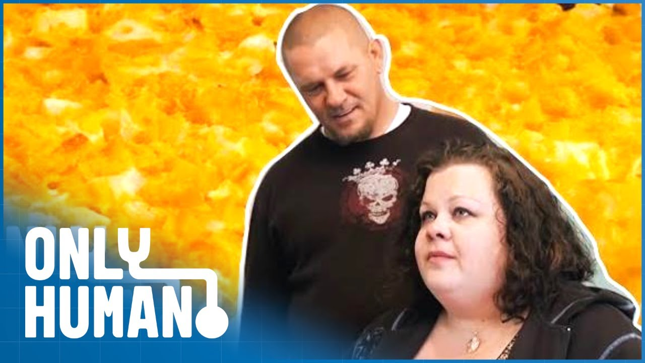 My Wife Eats 3000 POUNDS Of Potatoes In A Year! | Freaky Eaters | Only Human