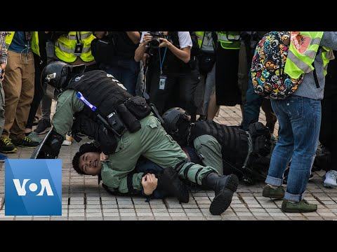 Clashes Erupt at Hong Kong Rally in Support of China's Muslim Uighurs