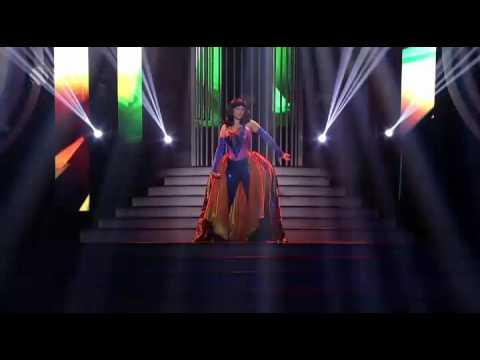 Marta Jandová jako Katy Perry ,,Firework''