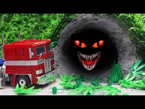 Transformers Stop motion - Optimus Prime, McQueen & Tobot Robot Car Kids Toys Dinosaurs in the cave!