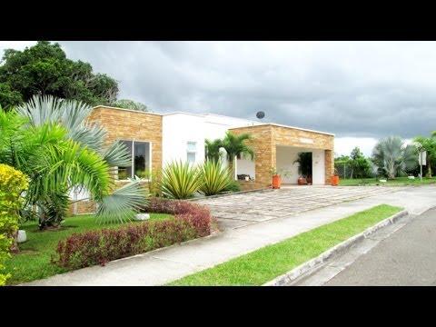 Extraordinaria casa campestre en maracay ciudad campestre for Casa de estilo campestre