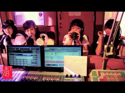 JKT48 diary: TRAX FM interview [12.02.2012]