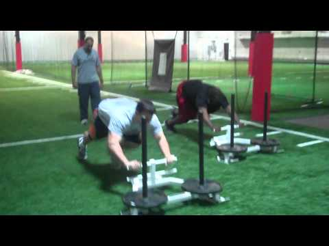 Chris Snee of the NY Giants showing us some EXPLOSION!.mp4