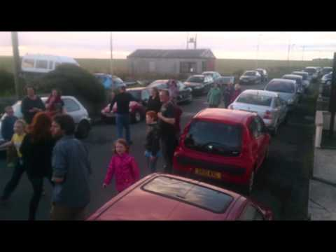 Sanday Strip the Willow