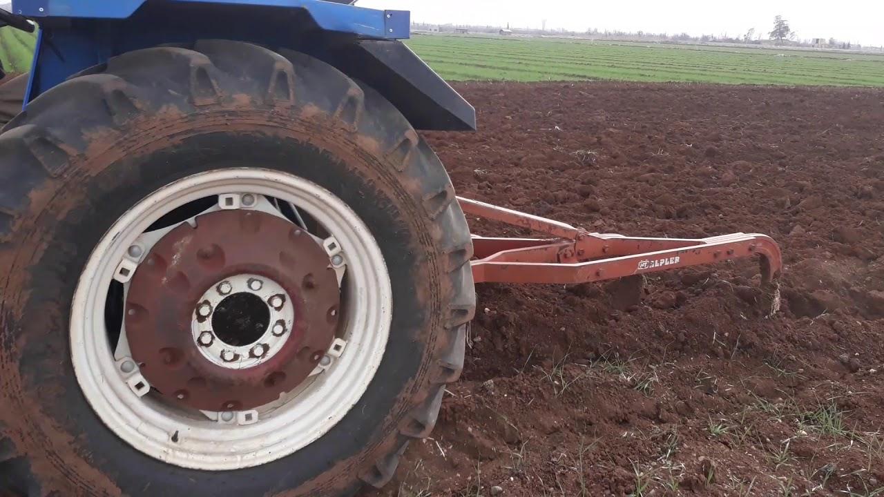 New Holland 70 - 56 + Fiat 640  Plowing / بيت سابر جبل الشيخ