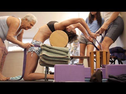 Preview - Knoff Yoga - Yoga Teacher Training 2014