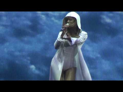 Beyoncé - Smash Into You Live In Athens,Greece (I Am...Tour) @ O.A.K.A. 11/08/09