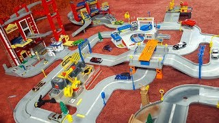 Hot Wheels World Large Collection Layout with Fire Station Service Center Super Highway Truck Stop