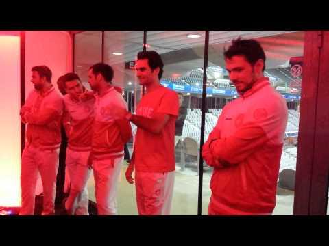 Roger Federer thanks Stan Wawrinka