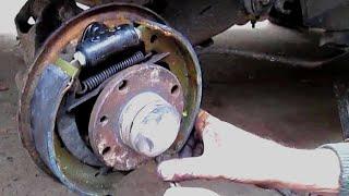 Замена задних тормозных цилиндров и колодок ваз 2110 12